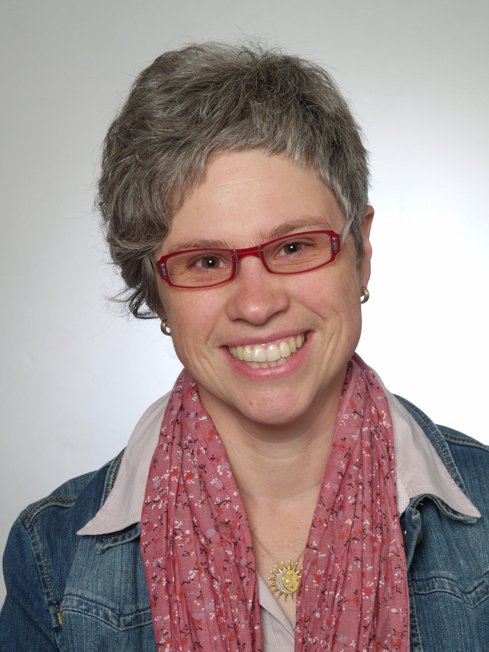 Prof. Dr. med. Marion Raab