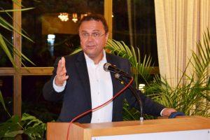 Bundestagsabgeordnete Dr. Hans-Peter Friedrich